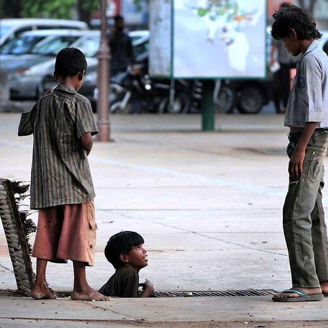 Hindustan_times Road side romeos beggers InstawithHT Dailypic Dailylook Dailylife Beggars Kids Lifeisgood Chandigarh India Roadsideattraction Roadsideromeo Savethechildren  Begging Poorindia Raviclick