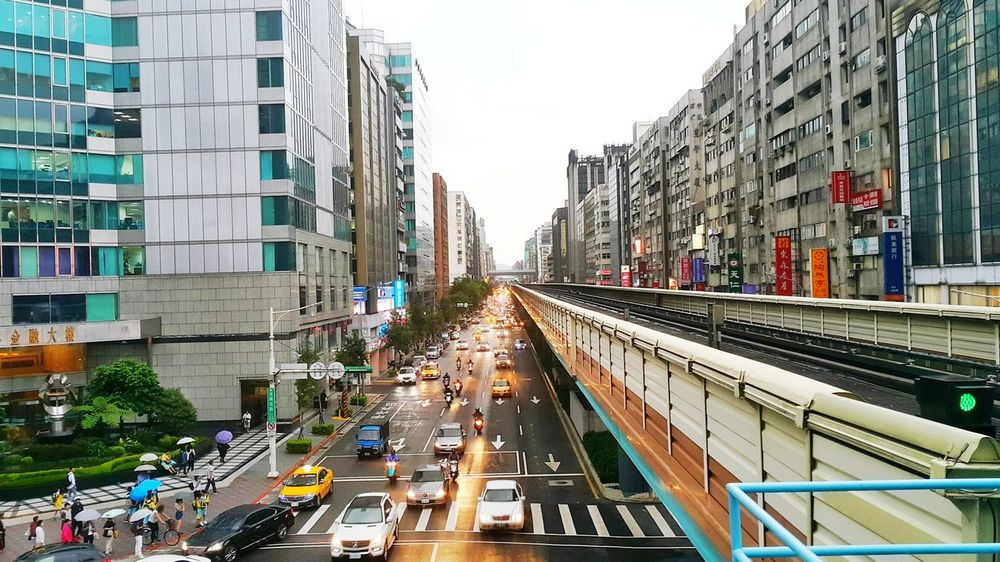 Taipei city after rain Architecture Transportation City Car Mode Of Transport Built Structure Building Exterior Land Vehicle Day Outdoors Modern People Cityscape Sky Taipei Station TaipeiGlory Taipeicity Taipei, Taiwan Taipei Life Taipei101 Taipei City Rain Cityscape Skyscraper Transportation