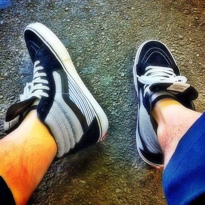 VANS x Supreme x Garcons #todayskicks #wdwyt #igsneakercommunity #sneakers Sneakers TodaysKicks Igsneakercommunity Wdwyt