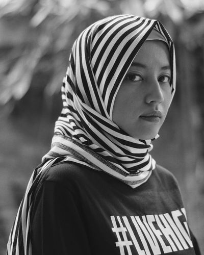 Headshot One Person Striped Young Adult One Young Woman Only Close-up Beautiful Woman Women Young Women Outdoors Real People Portraits Of EyeEm Portrait Portraiture Hijabi Hijab Hijab Style EyeEmNewHere Black And White Friday EyeEm Ready