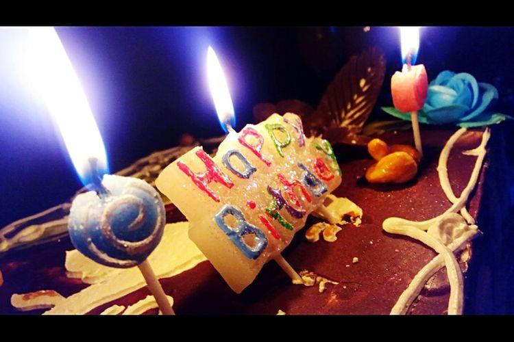 happy birthday Food And Drink Food Table Dessert Sweet Food Birthday Cake Enjoying Life Entertainment Candle Light EyeEm Eating First Eyeem Photo
