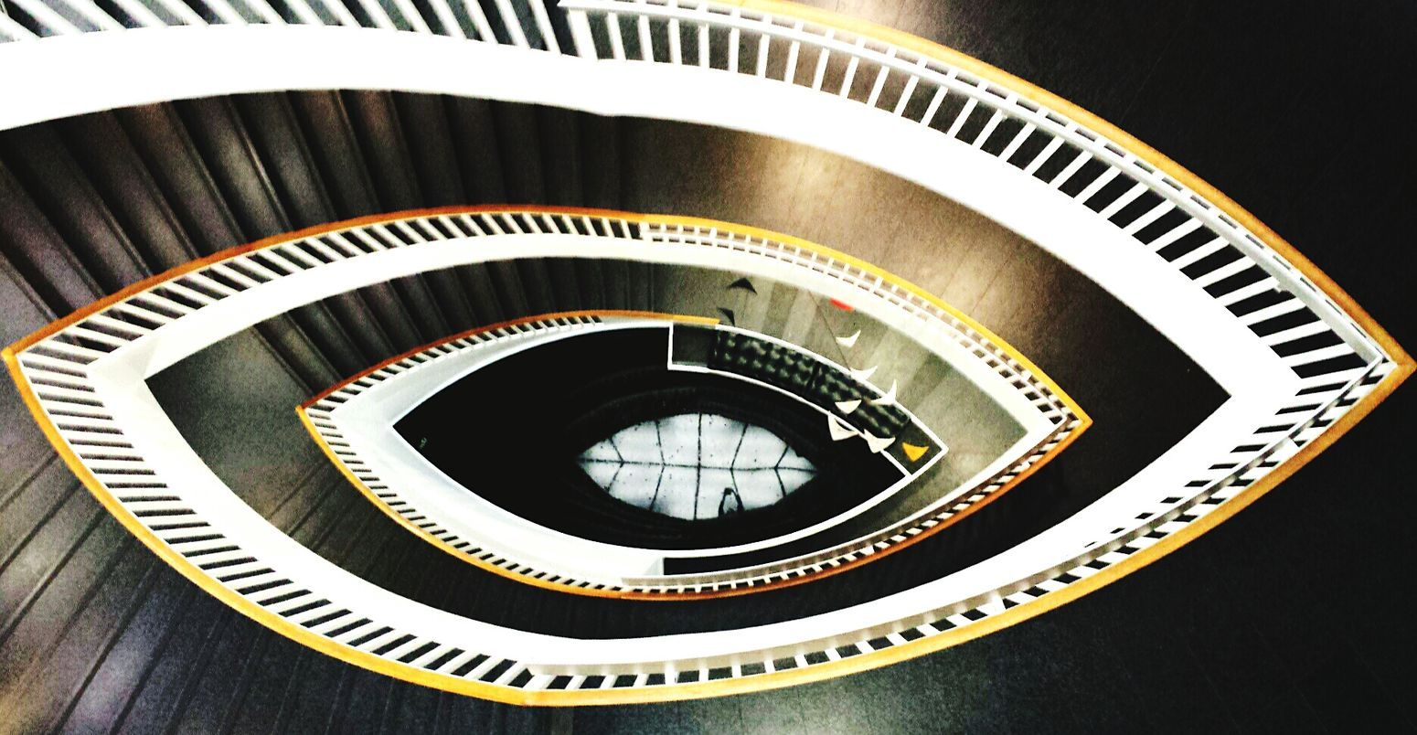 Awesome Staircase In Chicago 💖 Chicago Architecture Chicago Architecture  Architectural Detail EyeEm Masterclass Mobilephotography Check This