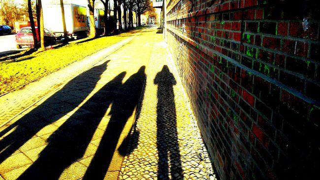 Shadows & Lights Streetphotography Sunshine