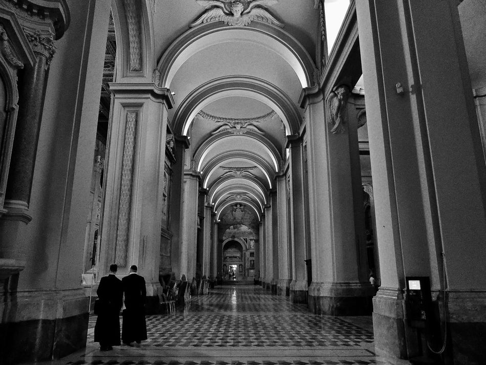 Sacral views in Rome, Italy Sacral Cathedral Church Blackandwhite Black And White Black & White Leading Infinity Art Architecture Architecture_bw