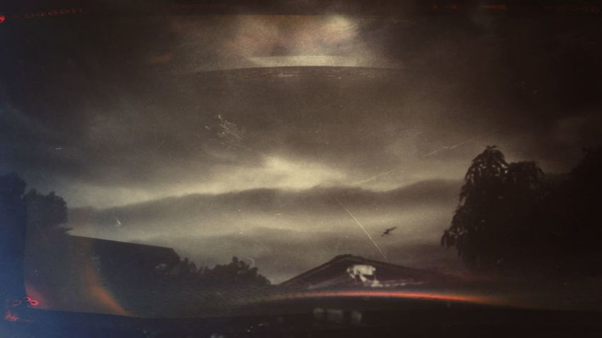 I had a dream..... Alien Cloudy Dark Dramatic Sky Dream Idyllic Landscape Majestic Manipulation Mountain Nature Night Nightmare No People Non-urban Scene Outdoors Overcast Remote Scenics Sky SpaceShip Tranquil Scene Tranquility Fine Art Photography Huaweimobilemy