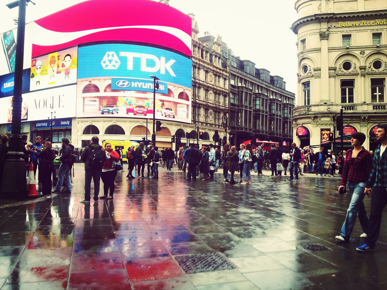Piccadilly Circus London Sightseing Rainy Day