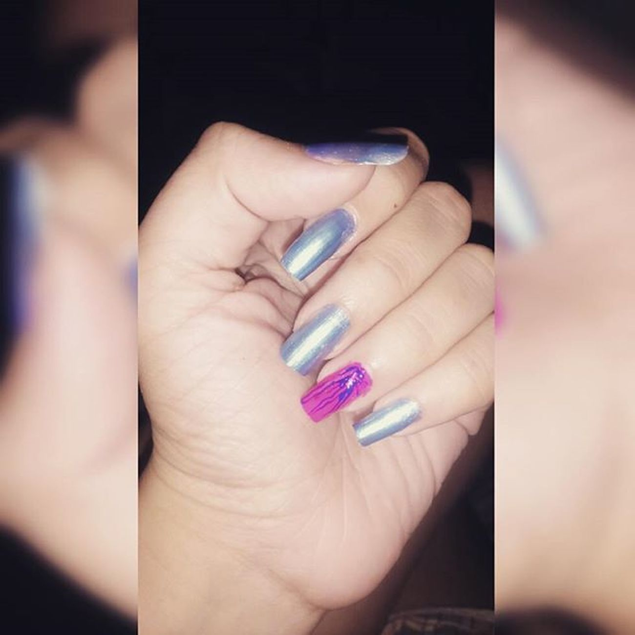 Quase lá 👌 💅 Unhas Nails Fashion Nail Love Beautiful Esmalte  Summer Nailart  Cute Evening Art Japanese  Fire GoodTimes Unhasdasemana Vip Polish Gliter SXSW Girl Beauty Manicure California Bestie  nailpolish stoned sparkles bubbles viciadaemvidrinhos