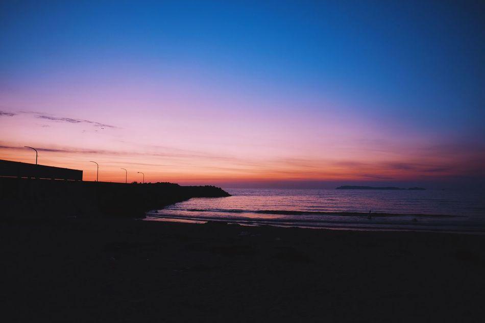 Sunset @ Fukuoka, Japan Sunset Sea Beach Beauty In Nature City Orange Blue Sky Fujifilm Fujifilm_xseries Fujifilmxt1 FUJIFILM X-T1 XF16mmF1.4 Snapshot Snap Photo Photography Street Streetphotography EyeEm Loves EyeEm at Fukuoka , Japan