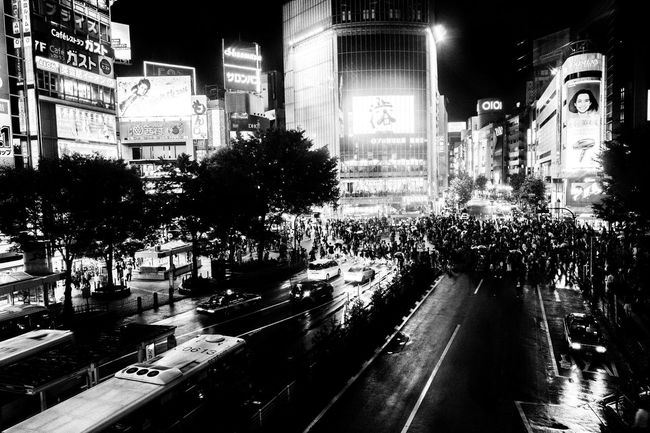 City Road Street Transportation Built Structure Japanese Culture X-PRO2 Japan Photography EyeEm Best Edits EyeEm Gallery EyeEm Best Shots Japan Taking Photos Architecture Crowd Shibuya