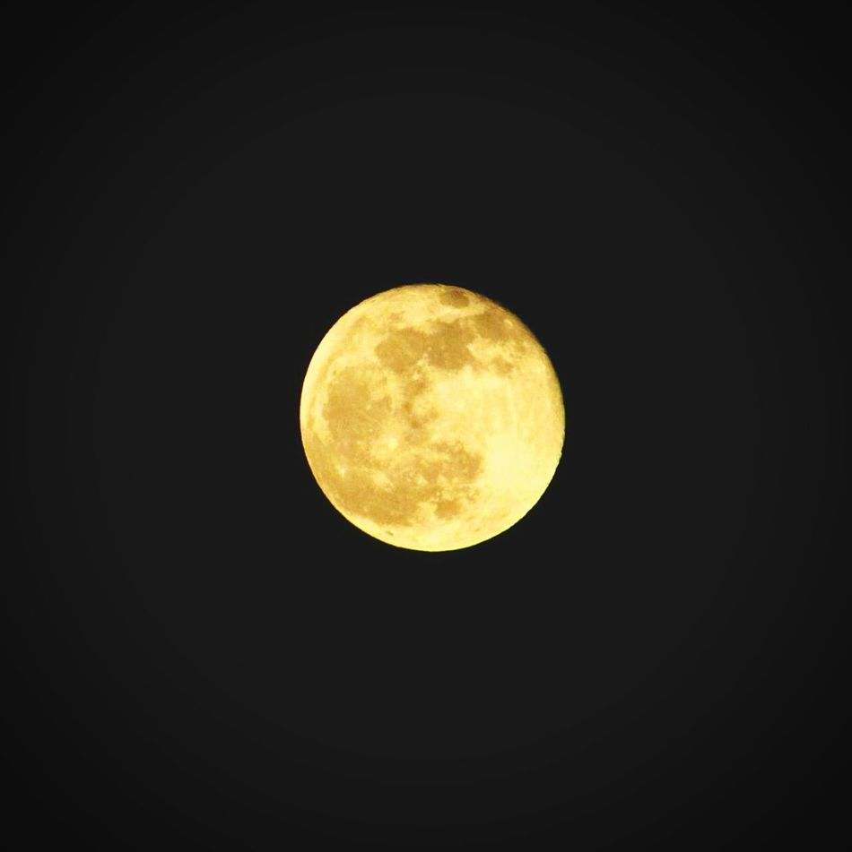 Moon Full Moon Night No People Astronomy Nature Black Background Sky Beauty In Nature Scenics Outdoors Moon Surface Like4like Like Followback Followme Photo Photoshoot Like4l Photooftheday Followtofollowback
