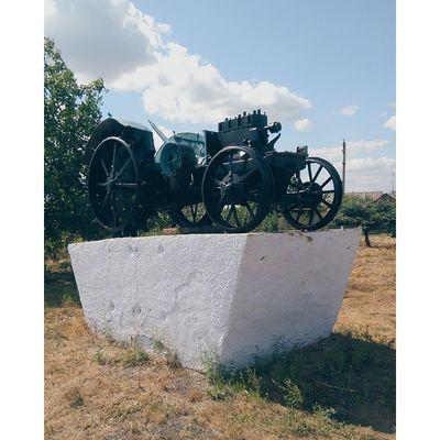 Tractor Sovietunion Pridnestrovie Transnistria vscocam vscofilm vsco