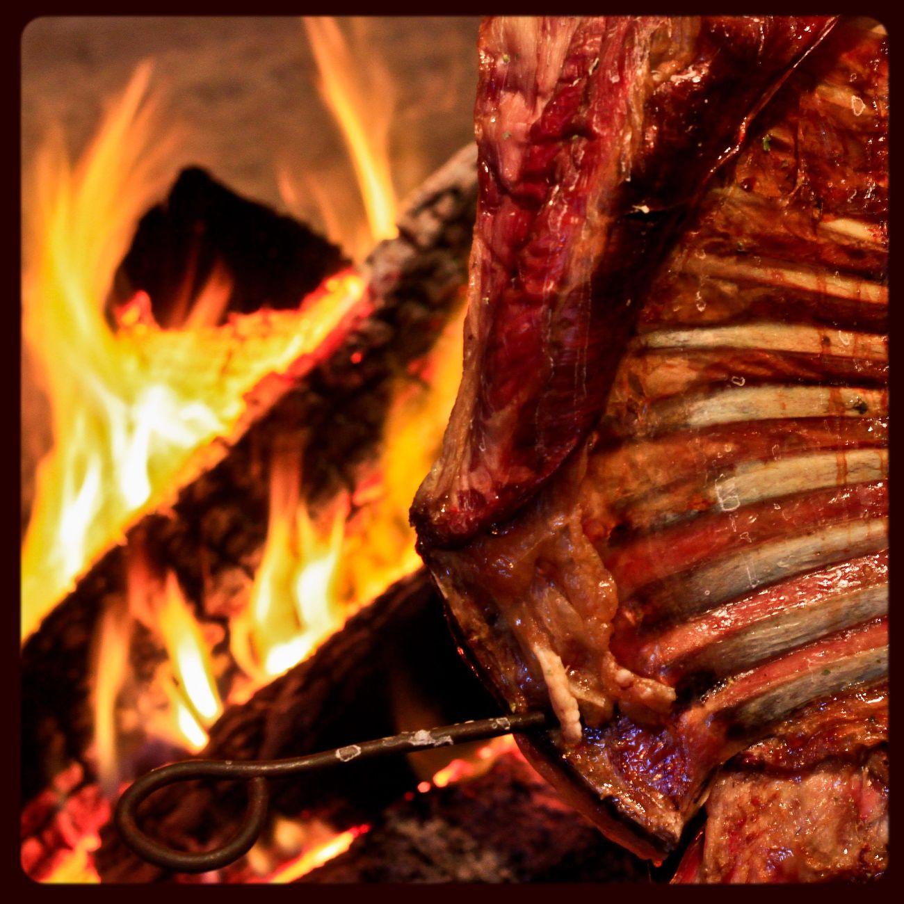 Asado de cordero al palo... Meat! Meat! Meat! Barbecue Cordero