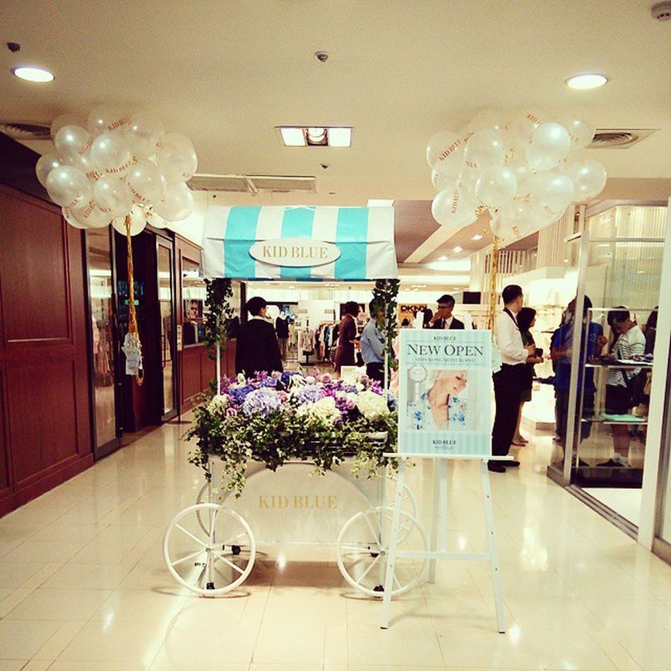 KID BLUE in Taipei NEW OPEN !! Kidblue OneMileWear White Blue Mobile01