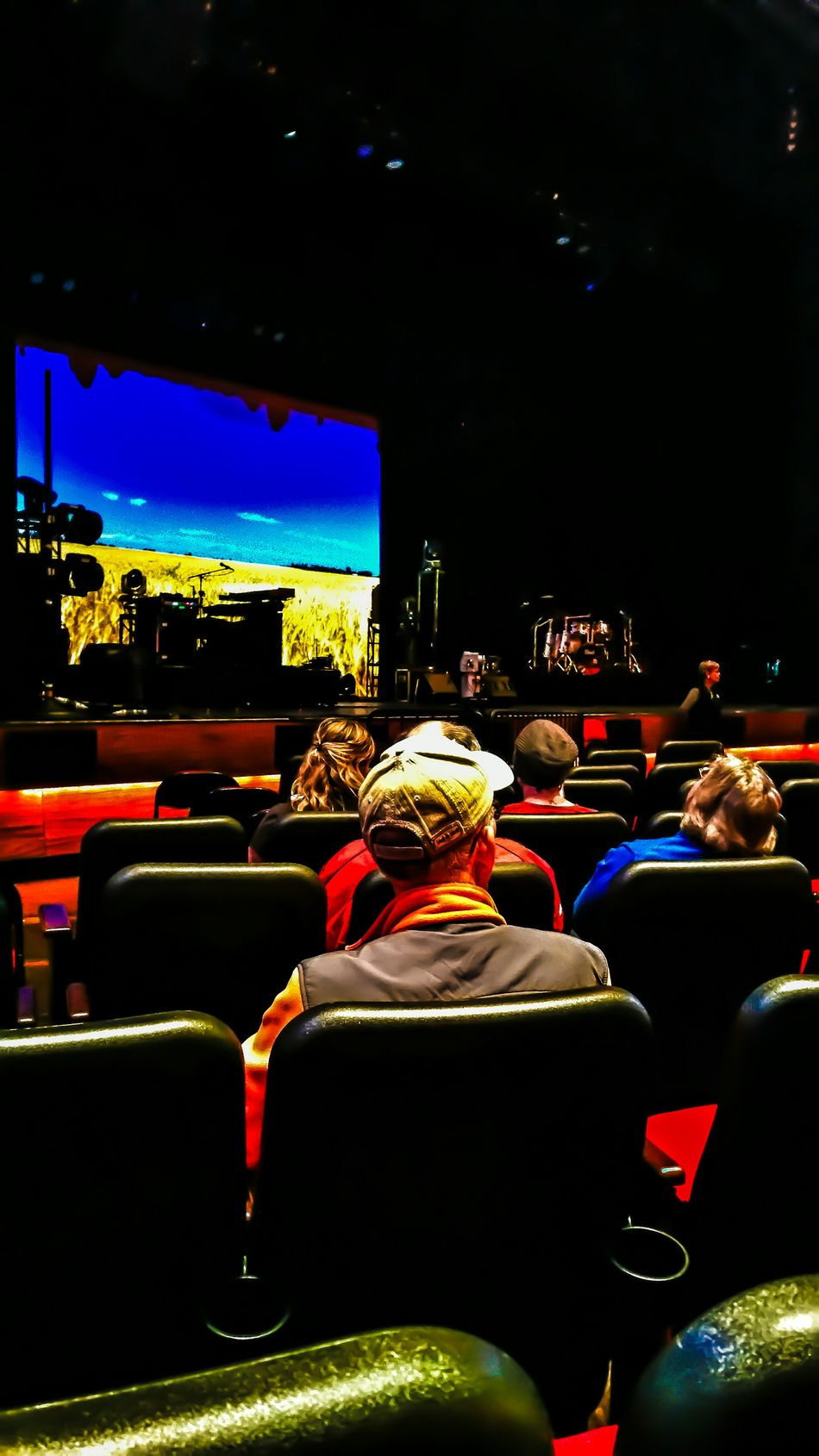 """Awaiting the """"Jethro Tull"""" concert at Foxwoods Resort and Casino. No pictures allowed during the actual concert. Live Music Jethro Tull Eye4photography  EyeEm Gallery Hdr Edit Hdr_Collection Hdr_gallery Popular Photos Showcase: November Check This Out Getting Creative Tadaa Community Streamzoofamily A terrific show.!! We had a great three day weekend."""