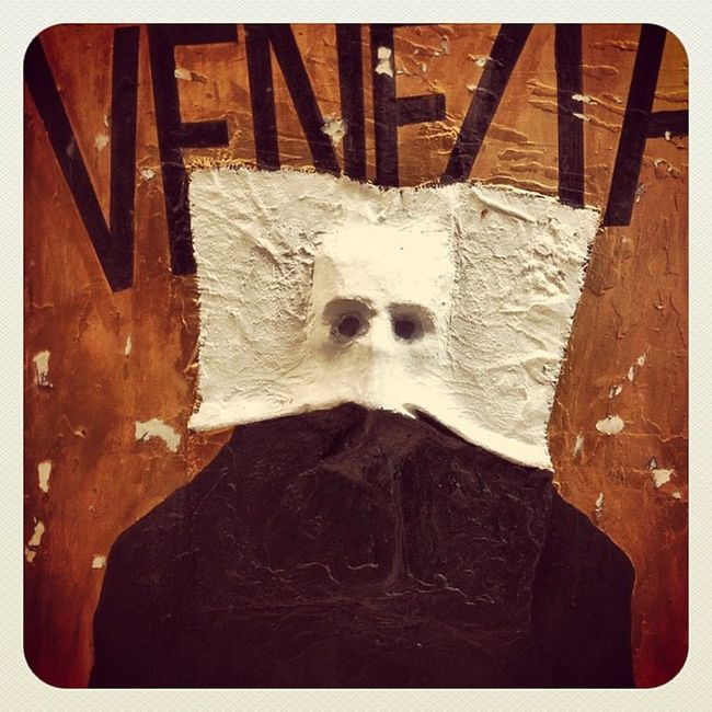 Venecia Negua Painted Abstract