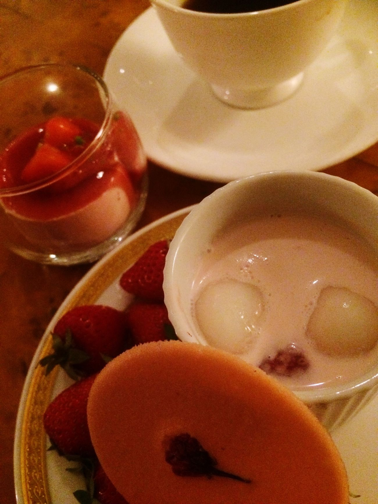 strawberry buffet🍓