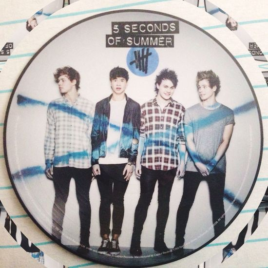 Don't wanna be a victim of authority. I'll always be a part of the minority. 5 Seconds Of Summer 5SOS Vinyl Records