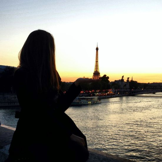 Paris Tour Eiffel Enjoying Life Taking Photos