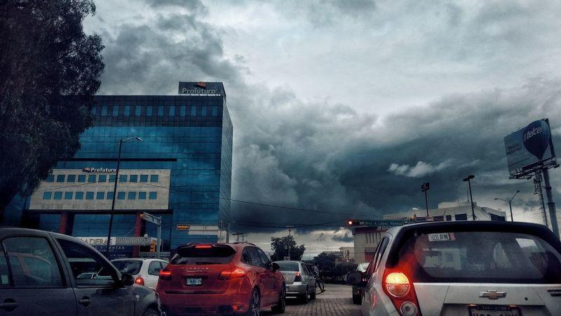 Car Land Vehicle Transportation Mode Of Transport Cloud - Sky Traffic Sky