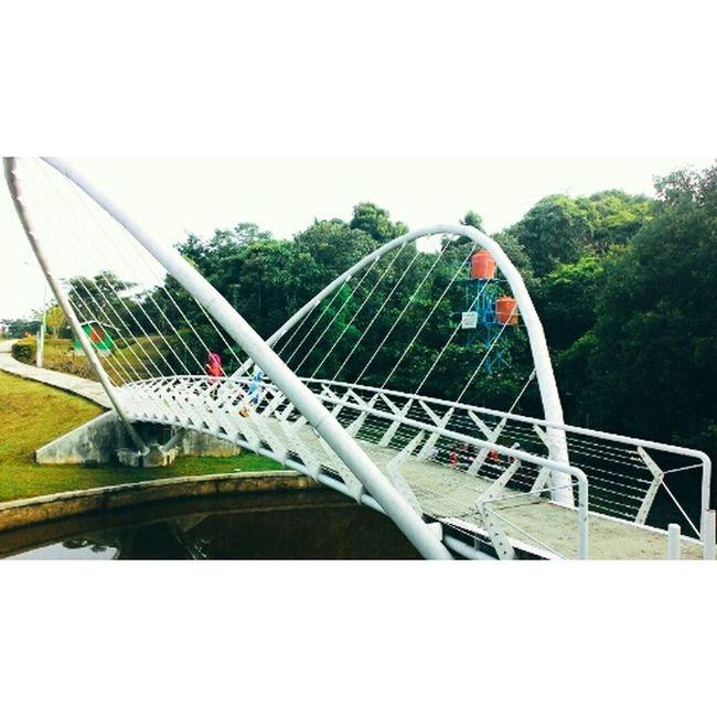 Jembatan Kupukupu