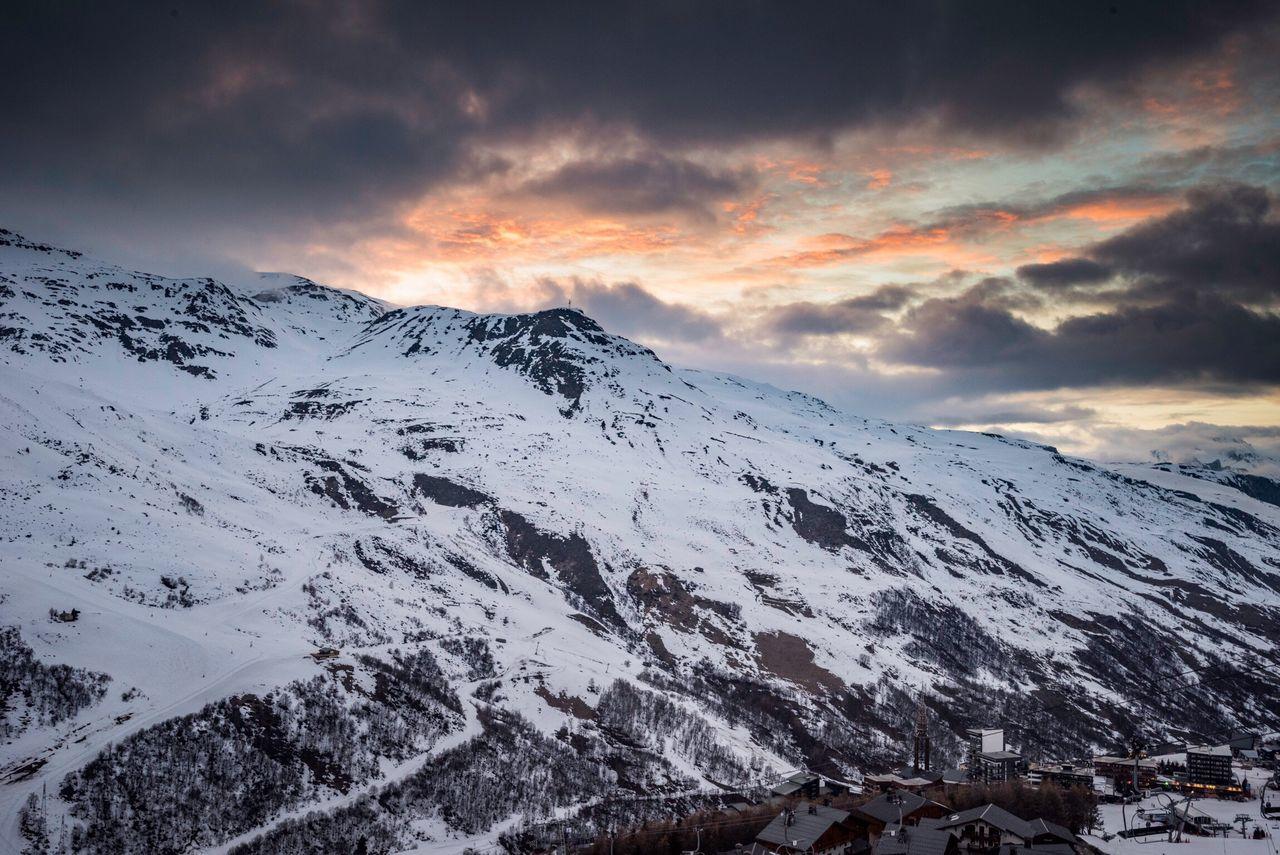 Lesmenuires Frenchalps 3vallées Les3vallées Alpes Ski Sunset Cloudysunset NikonD810 Nikon 1635mm Savoie Rhonealpes Montagne Mountain Mountains