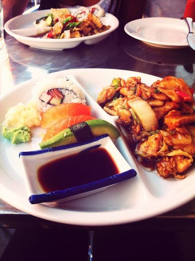 Love Thai Sushi Food