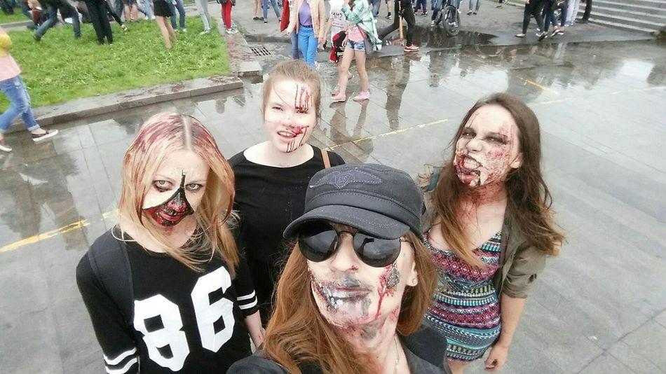 Zombie Flashmob Girlszombie Me&Friends