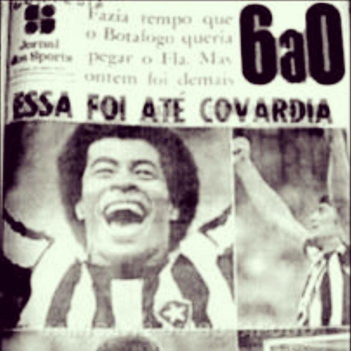 PRESENTE DE GREGO! Hoje, 15 de novembro, é aniversário do Flamengo . E nesta data tão especial, o FOGÃO deu de presente um chocolate. Jairzinho e companhia comandaram uma goleada por 6 a 0 em 1972. Que beleza, hein?! SouBotafogo BFR BotafogoFutebolRegatas ChupaMulambos Flamerda BomDia