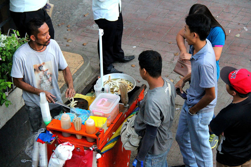 Cebu City Funny Moments Funny Pics Keep Calm And Kiss Me  Non Verbal Communication Philippines Street Food Street Photography