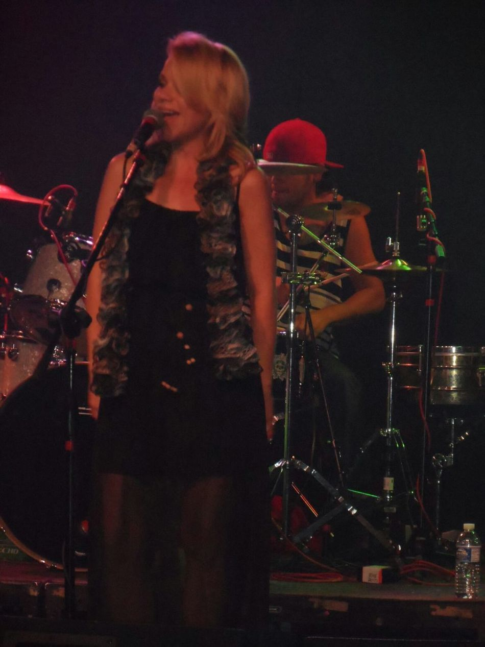 Great singer and beautiful, Nicole from Kush County in concert. Live Reggae Nicole Kush County