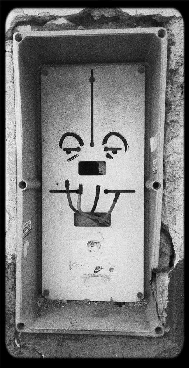 Sonrisa forzada Street Photography Urban Art Streetphoto_bw Only_Words