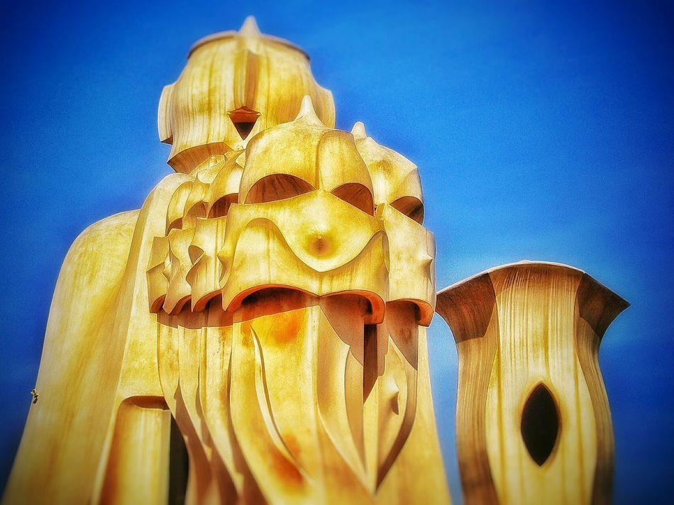 Barcellona 🇪🇸🇪🇸 Barcellona Barcellona Sunnyday  Gaudi Gaudi BarcelonaDesign By Gaudi EyeEm Best Shots EyeEm Best EditsSeeing The Sights