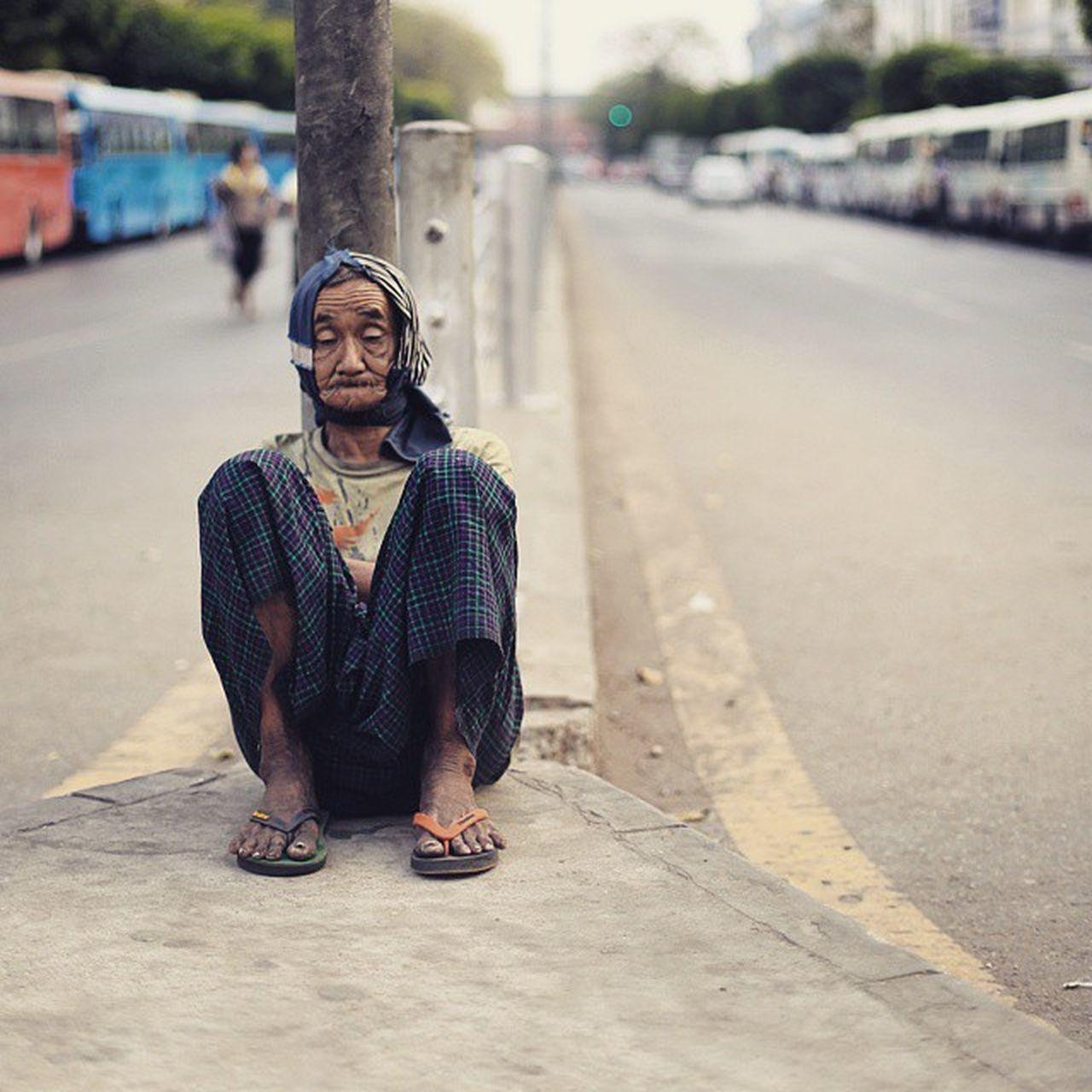 Oldman Portrait Humaninyangon homeless poor igersburmeseigers igersmyanmar asiageographic yangonbyphone street picoftheday photooftheday photooftheweek instaphotography everdayasia yangon burma myanmar