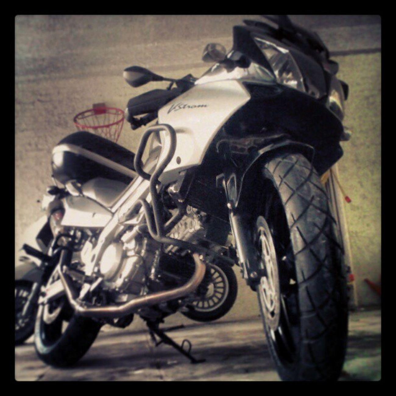 another pic of the storm VStrom Suzuki Bikes Moto Motobikes