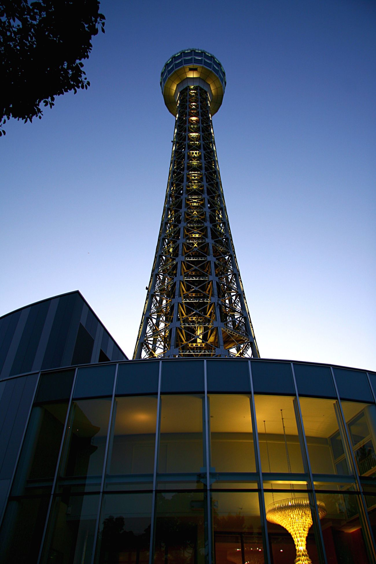 マリンタワー Japan Tower Yokohama Architecture Evening Light And Shadow Light Lights Yokohama Marine Tower The Architect - 2016 EyeEm Awards