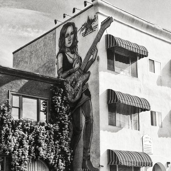 Teena Marie - Three stories high Street Art Street Photography Street Art/Graffiti Urban Landscape Streetphoto_bw Portrait Writing On The Walls Art