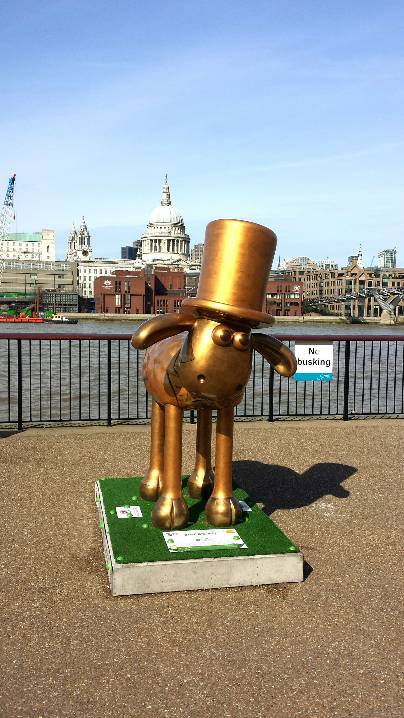 St Pauls Cathedral River View Goldern Sheep Statue