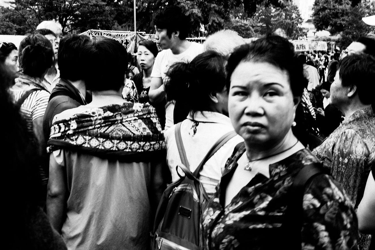 Close-up Lifestyles City Life Street 35mm Street Photography People Streetphotography Blackandwhite Monochrome Leicacamera Tokyo Street Photography Capture The Moment EyeEm Best Shots Monochrome Photography
