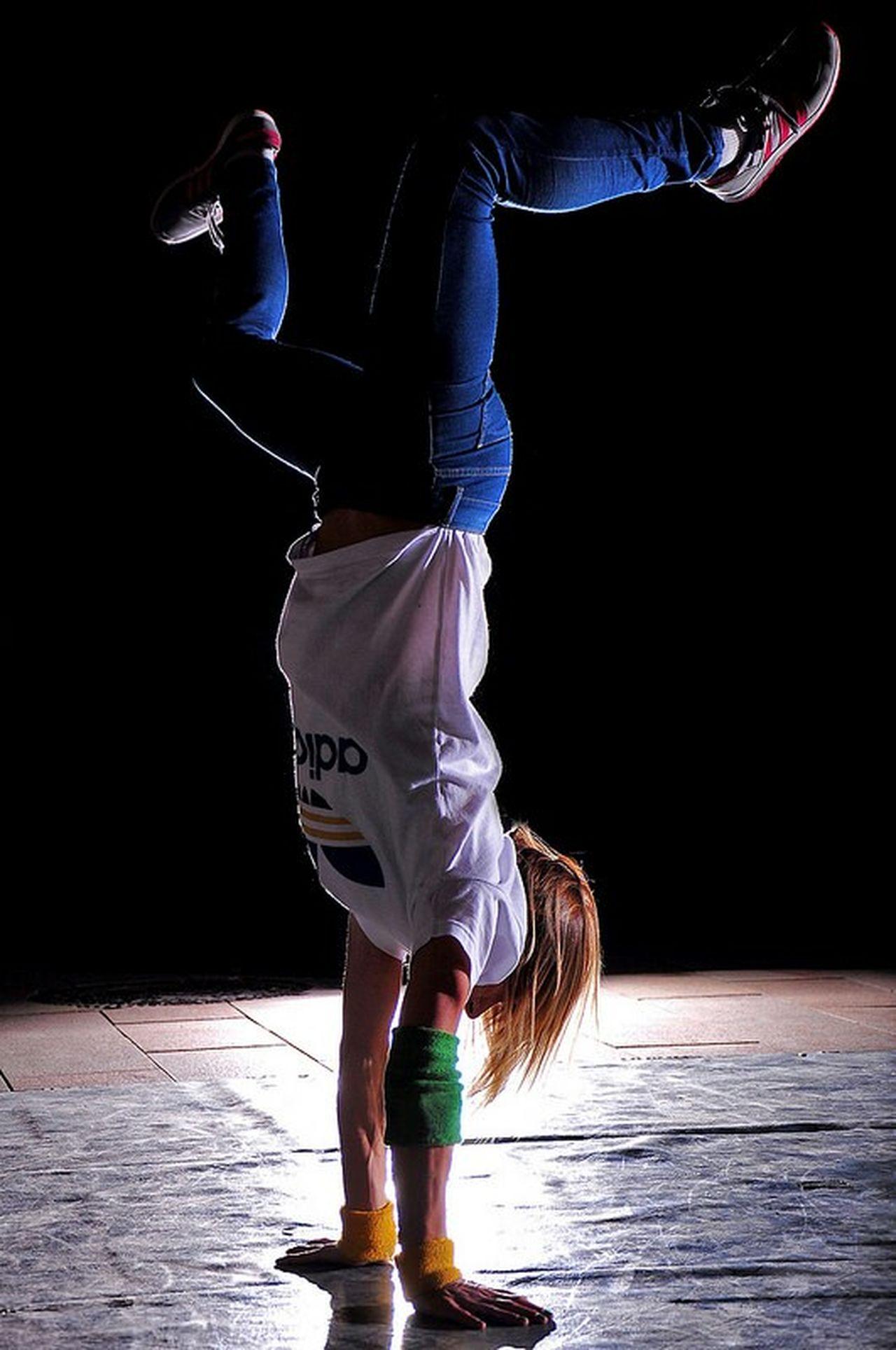 Bgirl Bgirl Break Breakdance Breakdancing Breaktime Breakgirl Dance Dancer Streetdance Streetdancer Streetdancing Enemysquad Portrait Portraitmaffia Portrait Of A Friend Portrait Of A Woman Portraits Bgirlandi PortraitPhotography Pécs Pécscity Széchenyitérpécs