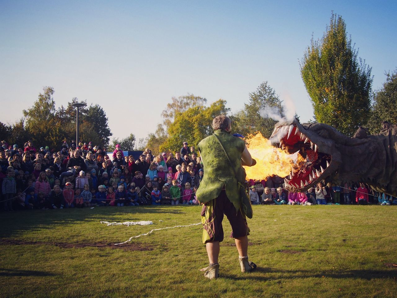 Fangdorn on fire - MAinLoveWithLife and Big Dragon Spitting  Fire Dragon Fire Dragon Dragon Fire Hot Hot Stuff Really Hot Audience Watching People People Photography Events Event Photography Children Children Photography Childhood Ancient Ancient Times Be Hot Be Yourself How I Feel At Times How I See The World - 23.10.2016
