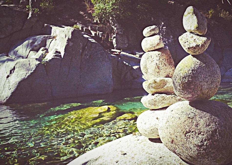 Rock - Object Nature Outdoors No People Day Close-up Beauty In Nature Water Corsica Equilibrio Rocks Rocks And Water River Restonica