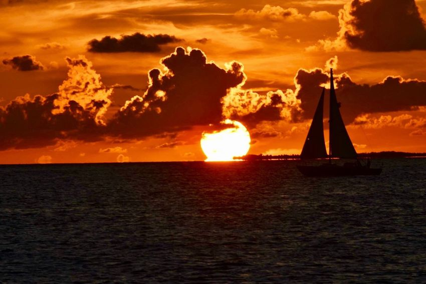 Sunset Sea Sky Cloud - Sky Beauty In Nature Sunlight Nature Water Sun Outdoors Scenics Horizon Over Water No People Silhouette Sailing Nautical Vessel Day Lifestyles Summer ☀ Sky Island Life Island In The Sun Orange Sky Key West Sunset_collection