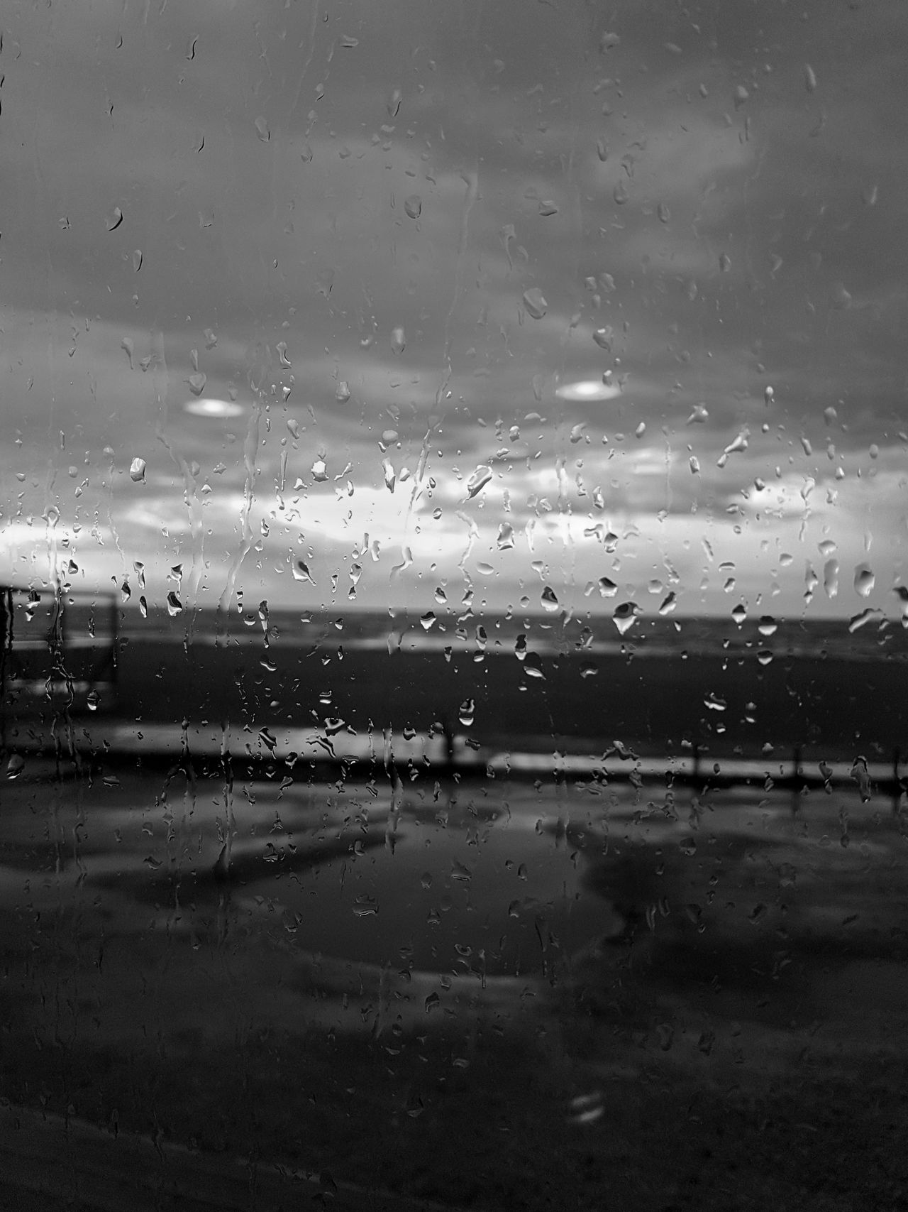 Backgrounds Drop No People Nature Sky Water Outdoors Close-up Beauty In Nature RainyDay Landscape Relaxing Taking Photos Beautiful Day Nature Perfectview Black & White Blackandwhite Black And White Photography Clouds Cloud - Sky