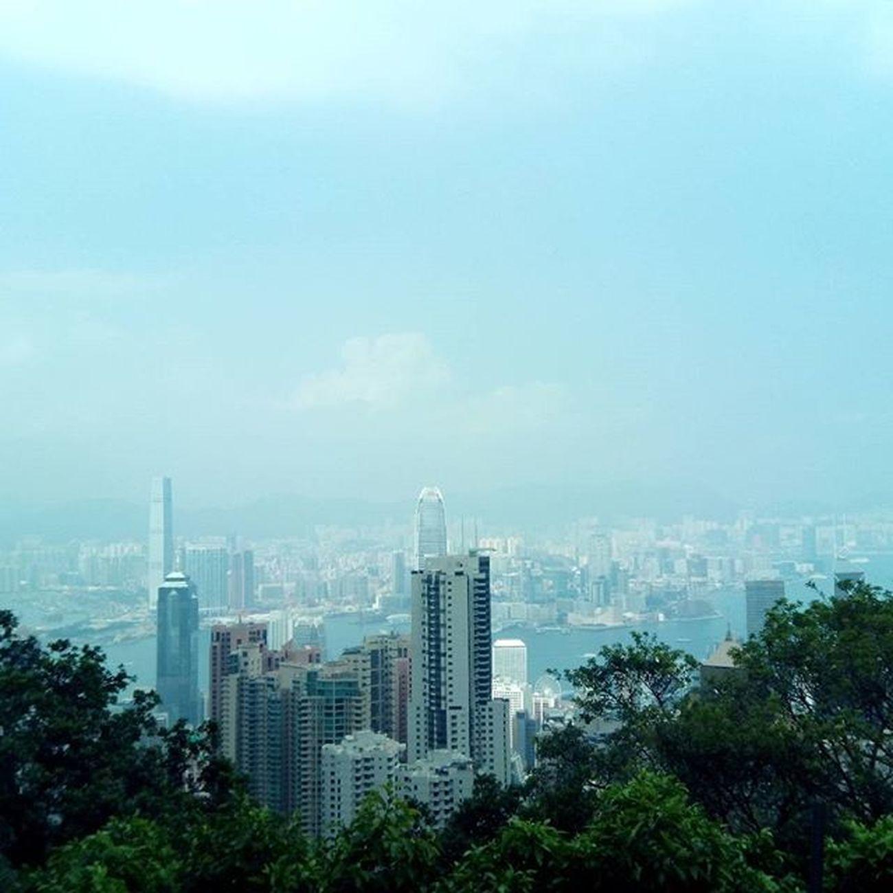 Victoria peak VictoriaPeak HongKong Traveling Mbambungnekat treqx1 treqcapture @treqandroid