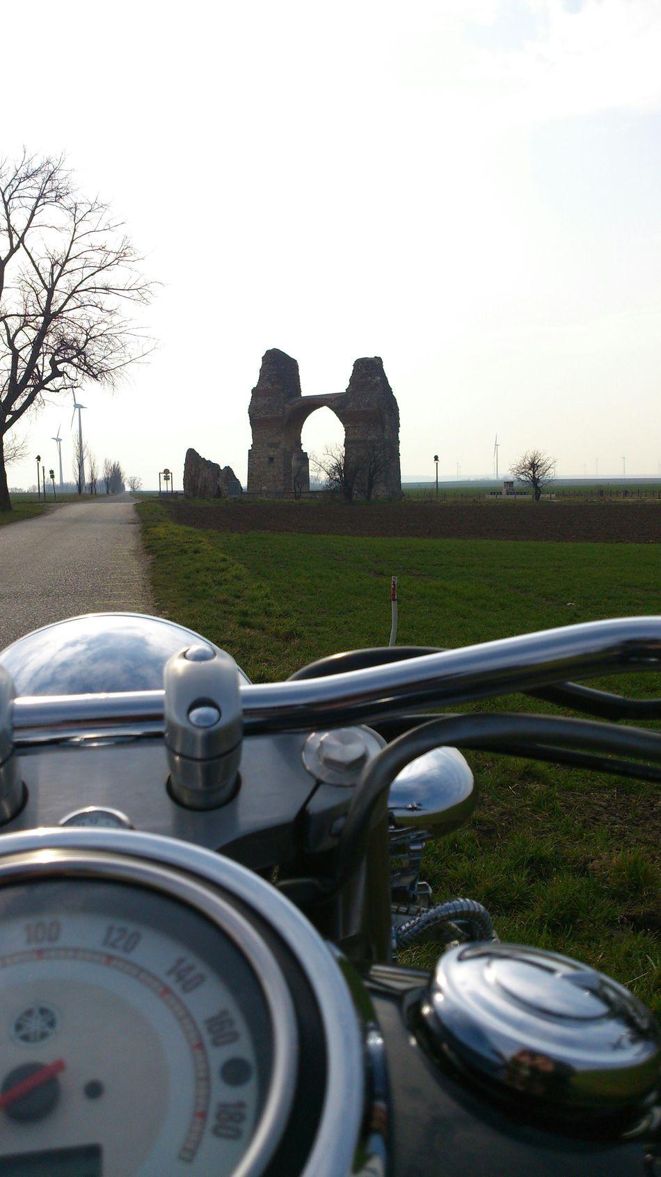 März2015 Motorrad Motorcycles Motorrad Fahren Nebenstrasse Ausflug  Trip Spiegelung