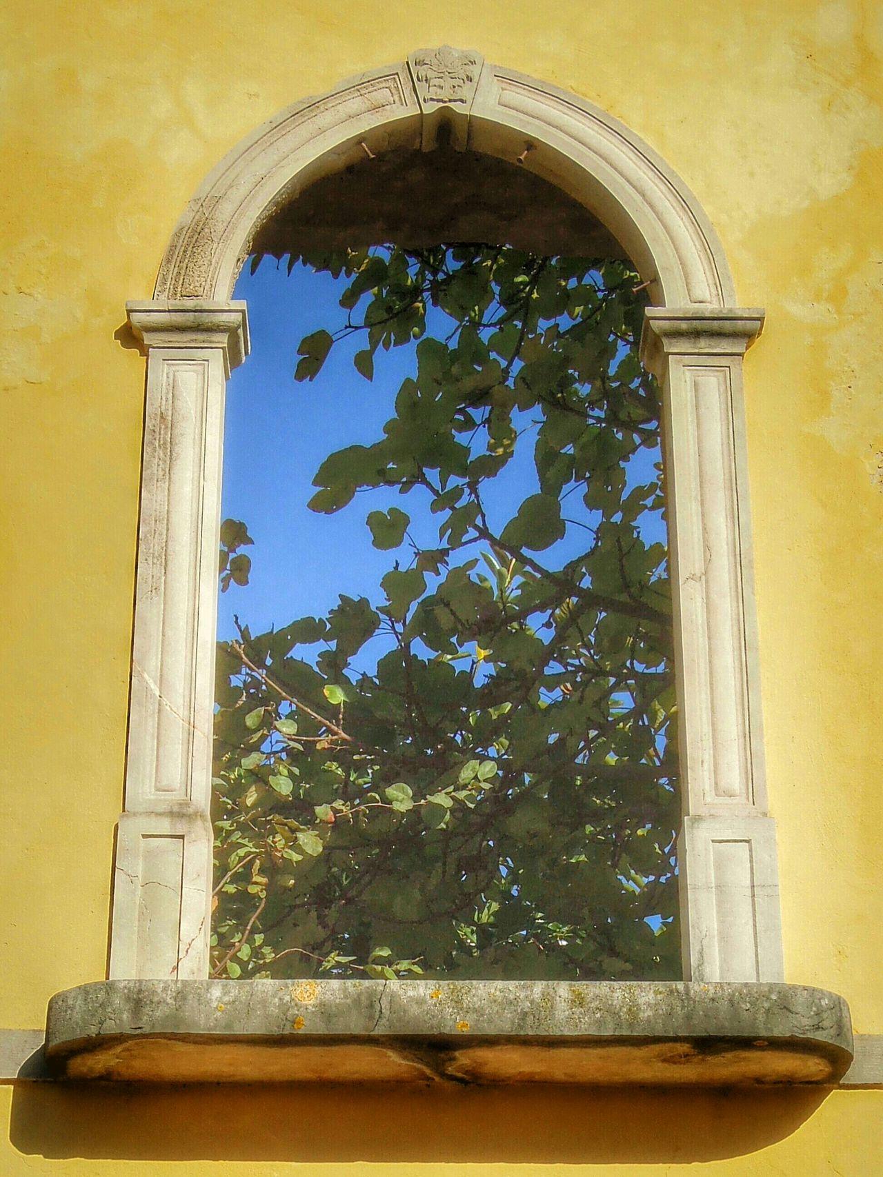 Tavira Algarve Window Stonearch Derelict Airy Room For Rent