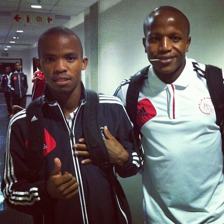 Ok the @ajaxcapetown players have arrived! It's on Psl Absapremiership Capetown Ajaxctfans ajaxct southafrica soccer football instasport