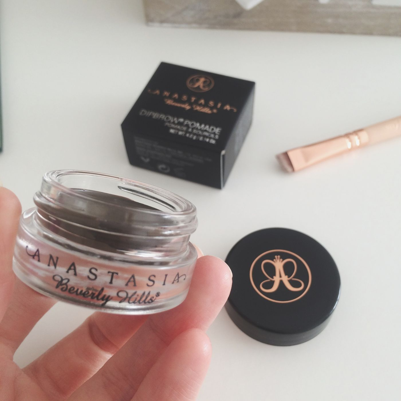 Anastasiabeverlyhills Dipbrowpomade Eyebrow Makeup