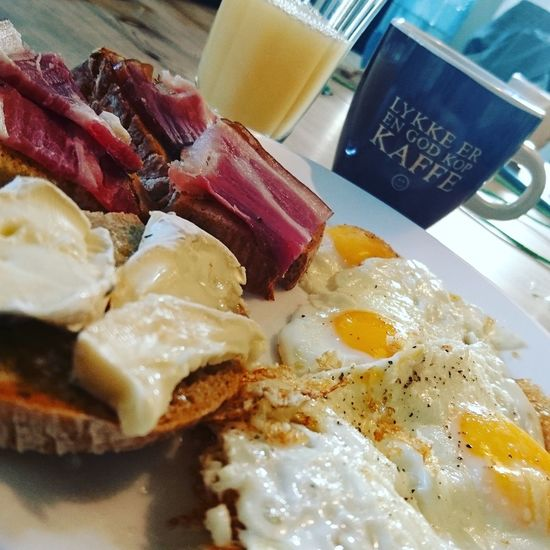 A rustic brunch with smoked bacon, eggs and soft bluecheese Close-up Indoors  Yellow No People Food Ready-to-eat Day Brunch Time Brunch Smoked Bacon Cheese Bluecheese Freshness Food And Drink