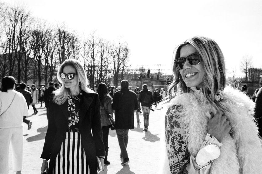 Brazilians Martha Graeff and Mônica Mendes at Paris Fashion Week 2015 Eye4black&white  Blackandwhite Fashion Taking Photos Check This Out Street Fashion Style Paris Striking Fashion The Fashionist - 2015 EyeEm Awards The 2015 EyeEm Awards Finalists Monochrome Photography
